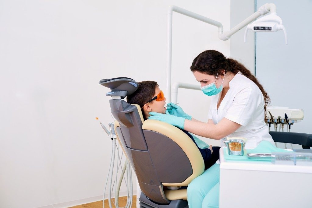 child check up with dentist