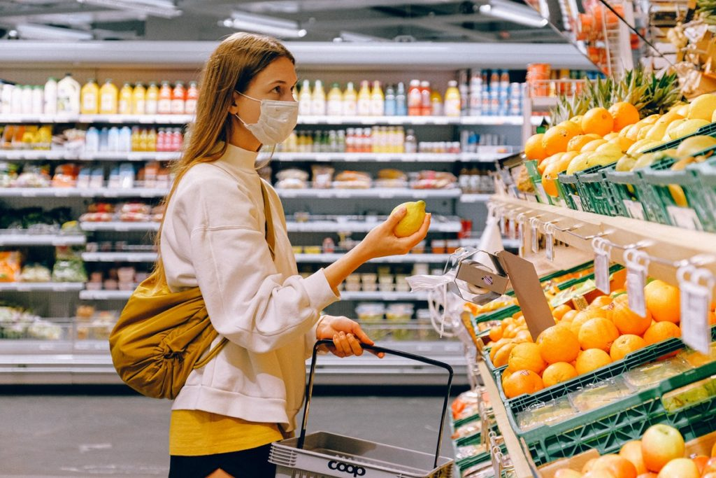 grocery shopping during the pandemic